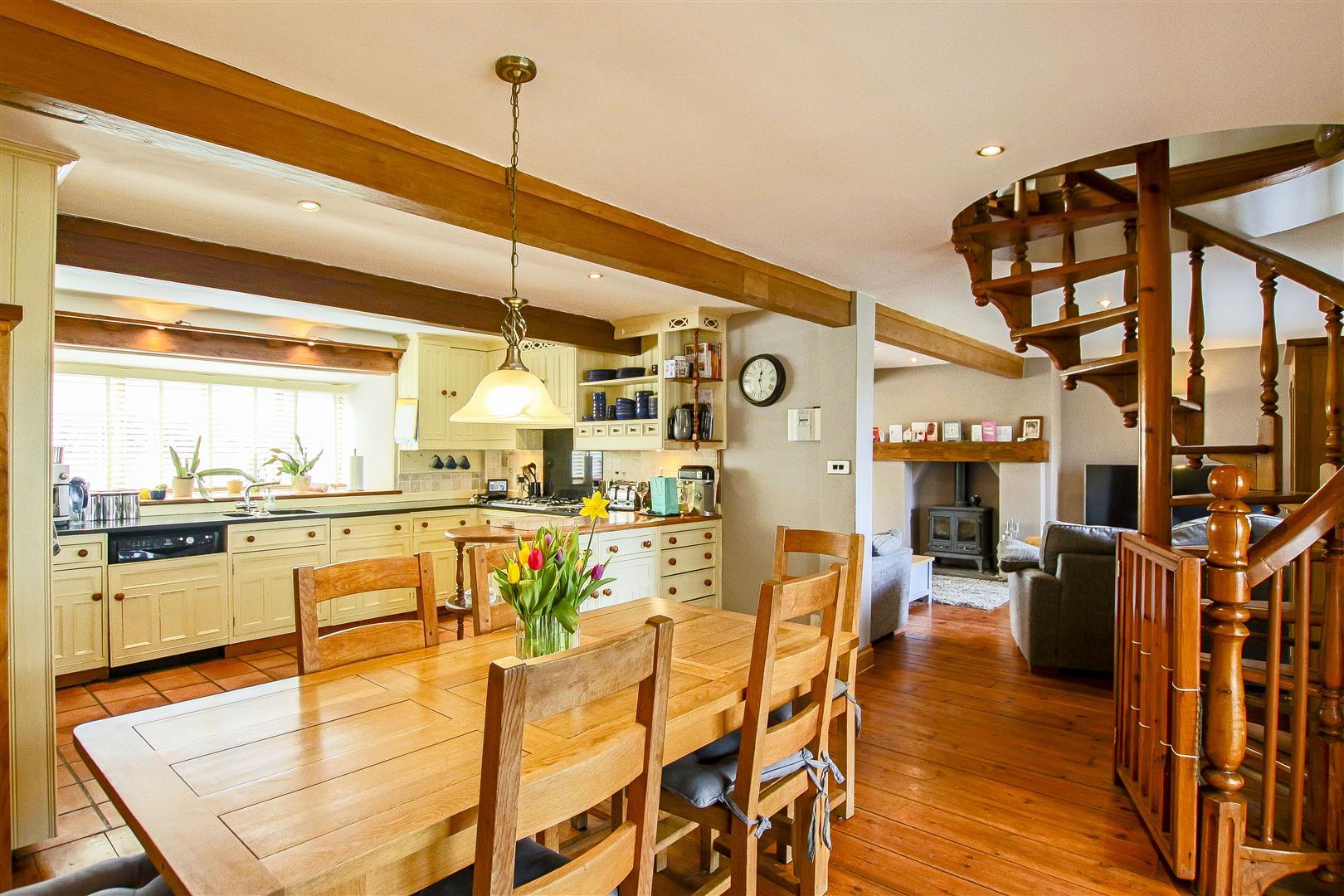 5 Bedroom Barn Conversion For Sale - 9.jpg